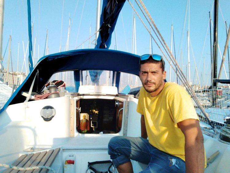 « Je suis tombé amoureux de la navigation, de la vie sur l'eau », confie Charlie Corréard.