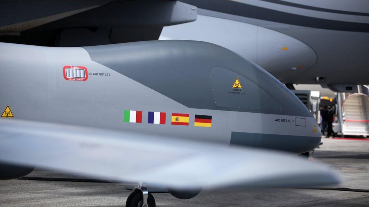 La ministre des Armées, Florence Parly, et son homologue allemande, Annegret Kramp-Karrenbauer, devraient s'entendre sur le top départ au projet d'«Eurodrone» - le drone européen de moyenne altitude et de longue distance.