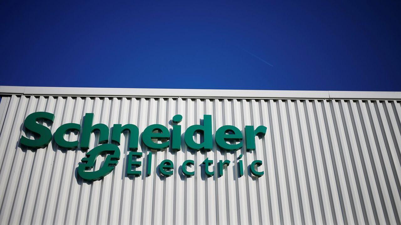 De sources syndicales, 390 postes pourraient être supprimés chez Schneider Electric (Photo by CHARLY TRIBALLEAU/AFP)