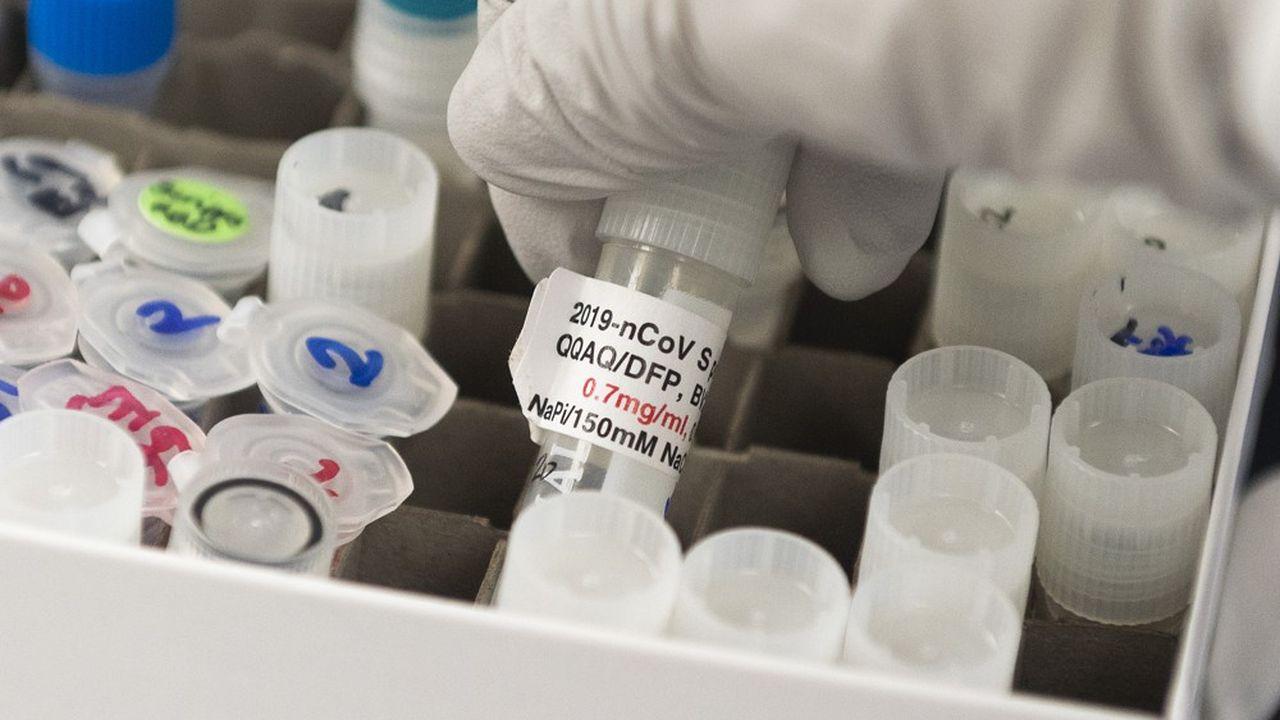 Plusieurs laboratoires sont engagés dans une course au développement d'un vaccin.