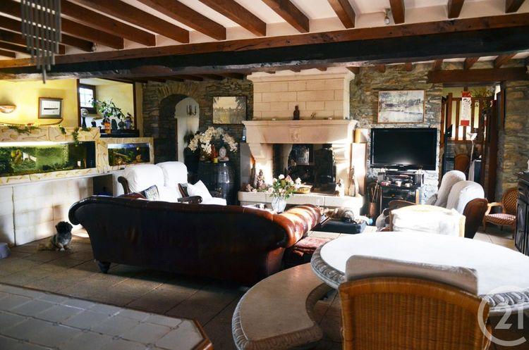 Une maison en pierre en Basse-Normandie