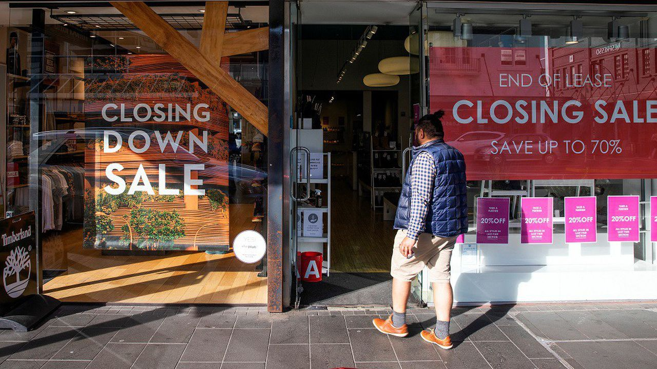 La contraction de l'économie de 12,2% entre avril et juin constitue un record historique, selonl'agence officielle de statistiques Stats NZ.