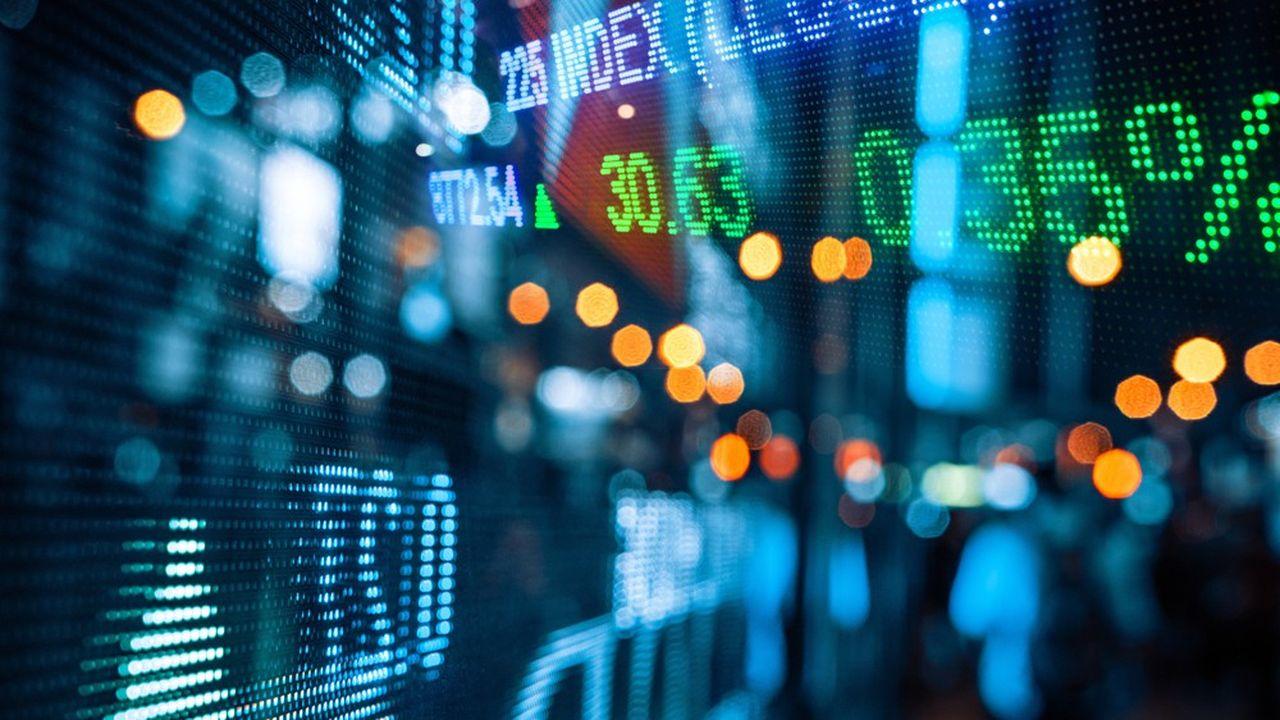 De leur côté, les futures américains sont également en chute de près de 1,5% pour le S & P 500 et de 1,25% pour le Dow Jones.