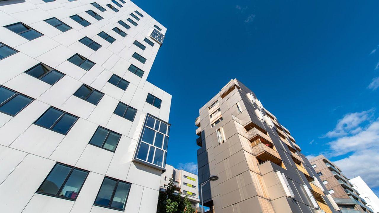La baisse de l'offre de logements neufs conduit à une hausse des prix.