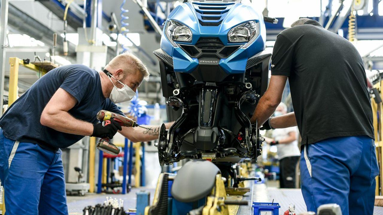 Produit haut de gamme, le Metropolis est un modèle clé dans la stratégie de Peugeot Motocycles.
