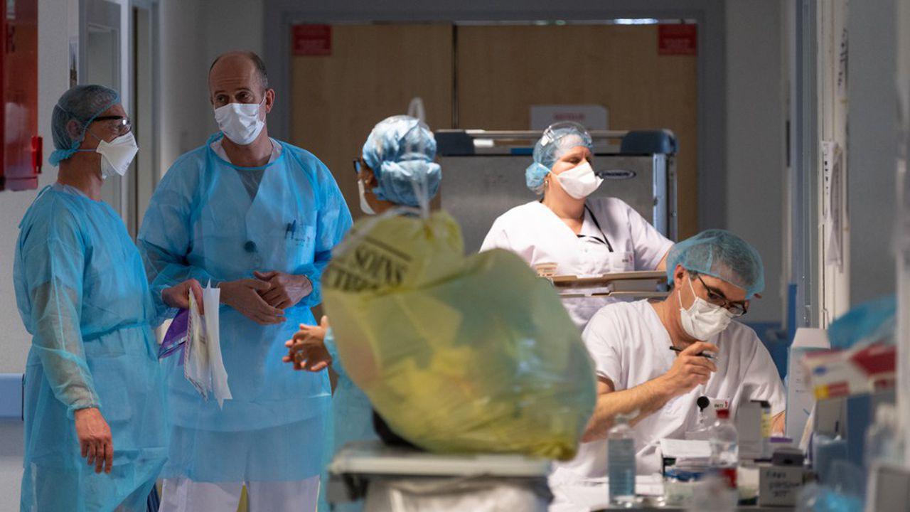 L'épidémie de coronavirus a engendré une surmortalité d'environ 27.000 décès par rapport aux années précédentes.