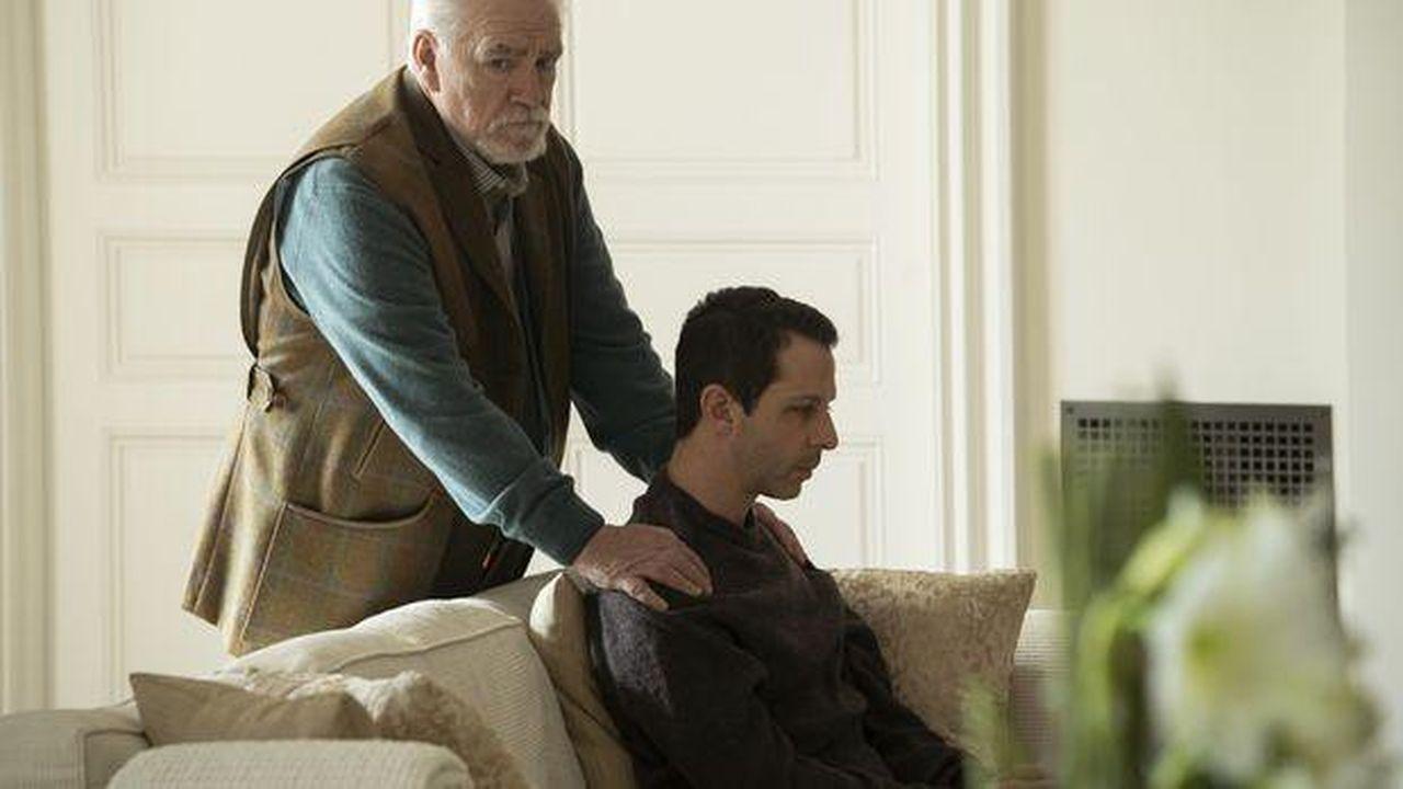 Logan Roy (joué par Brian Cox) et son fils aîné (Jérémy Strong) dans «Succession»
