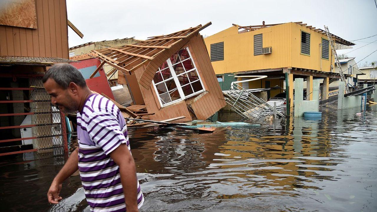 Les 13milliards de dollars serviront à reconstruire le réseau électrique de l'île et ses écoles, dévastées par l'ouragan Maria en 2017.