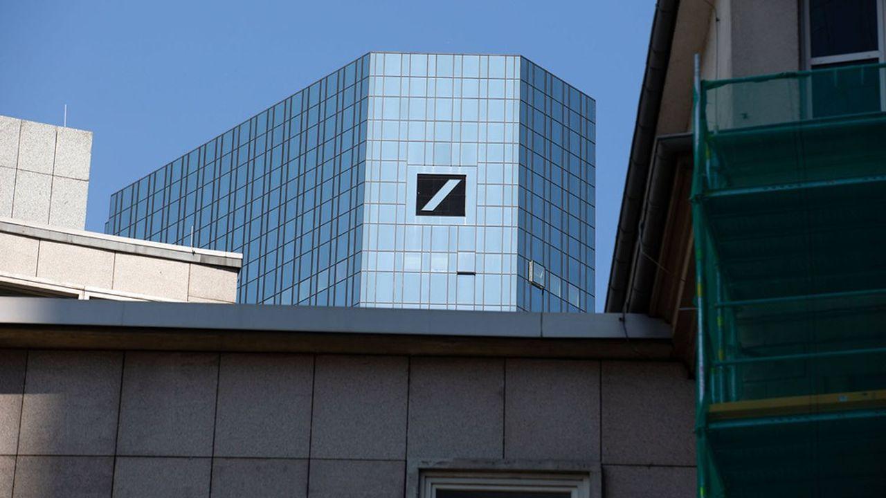 En Europe, Deutsche Bank et HSBC sont particulièrement touchées.