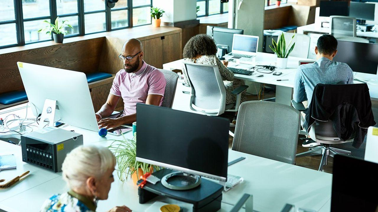 l'open space ou le flex office, tant vanté pour leurs soi-disant vertus collaboratives et productives, commence à être remis en cause.