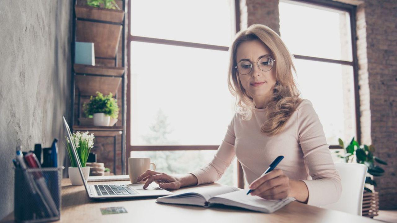 Utiliser des outils simples et efficaces permet de récréer un bureau à la maison