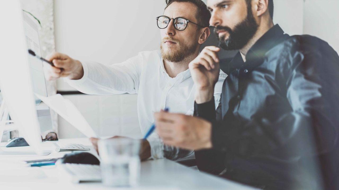 Les expertises pointues quittent le marché traditionnel de l'emploi et une multitude de statuts cohabitent dans les organisations.