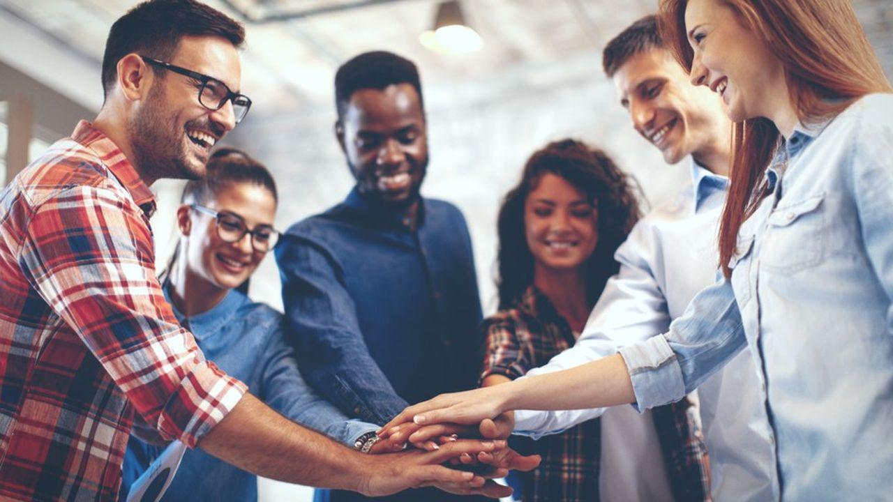 Pour développer l'engagement de ses équipes, il faut s'ouvrir à l'autre, avoir une relation plus humaine et donner du sens à son travail.