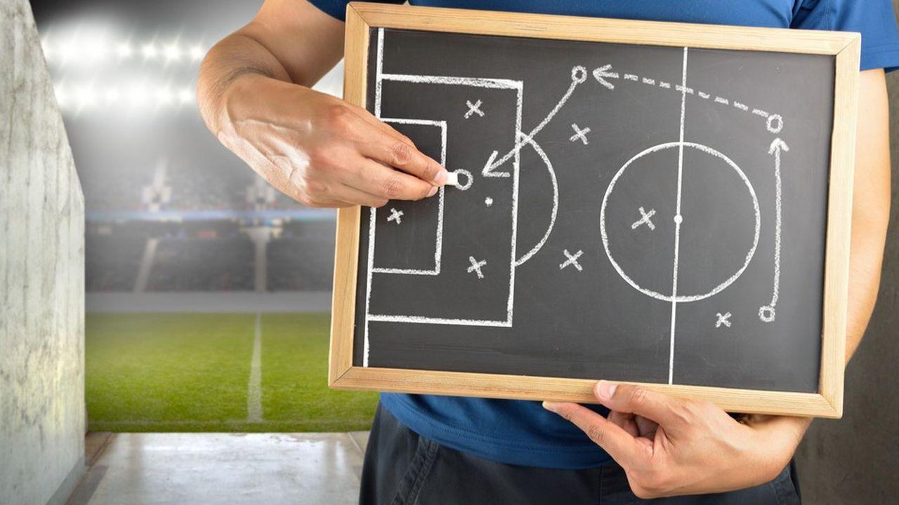 Le manager leader tyrannique s'appropriant les succès comme les échecs, est mort; l'avenir appartient au manager coach.