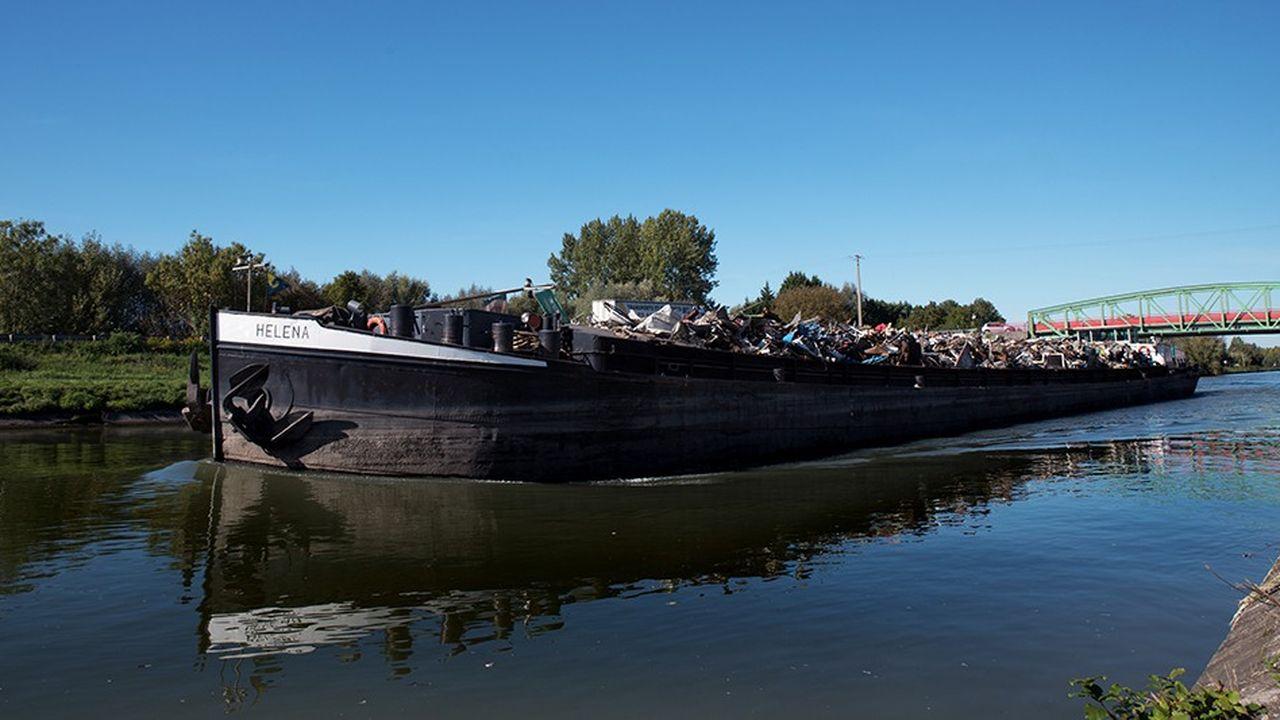 Baudelet Environnement a crée un écosystème régional autour de trois pôles d'activité _ le traitement des déchets, les ferrailles et métaux, et les matériaux.