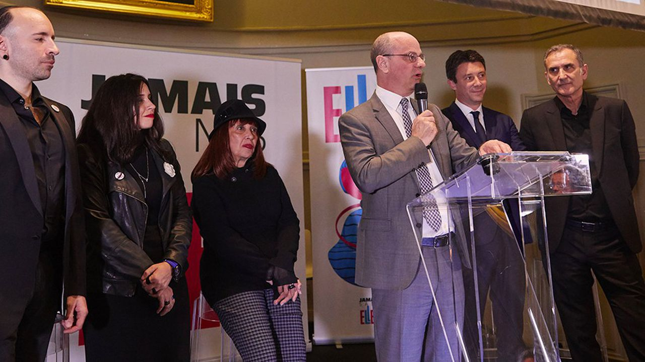 Le 6 mars 2019, à l'hôtel de l'Industrie, à l'occasion du troisième anniversaire de l'association #JamaisSansElles, Jean-Michel Blanquer a annoncé un partenariat entre le ministère de l'Education nationale et de la Jeunesse et l'association.