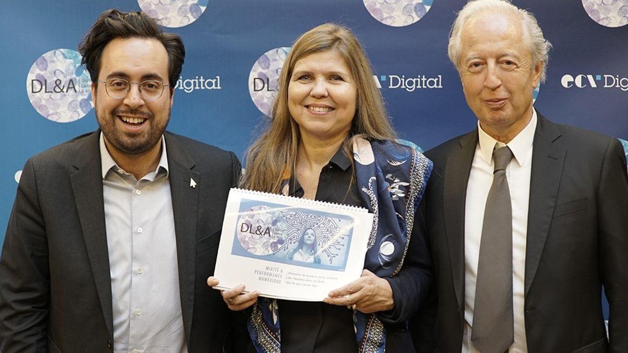 De gauche à droite : Mounir Mahjoubi (secrétaire d'Etat en charge du numérique, auprès du ministre de l'Economie et des Finances),Merete Buljo (présidente fondatrice des Digital Ladies et Allies) et Patrick Herman (président fondateur du groupe ECV).