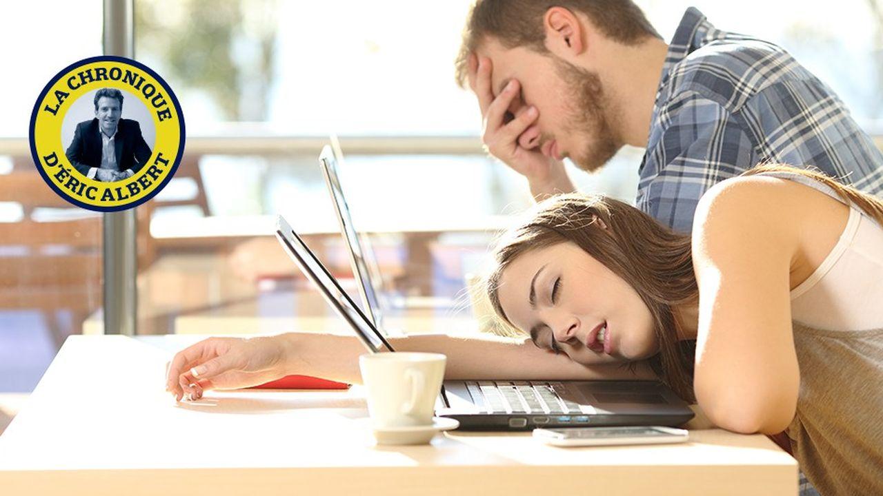 63% des Français s'ennuieraient au travail, selon une enquête de Qapa.