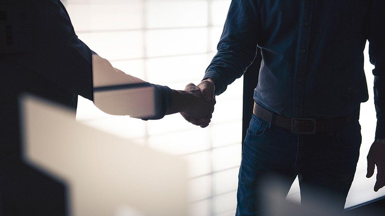 Loin de se cantonner dans la sphère intime, les maladies et les troubles psychiques peuvent avoir des impacts très concrets sur la vie des entreprises.