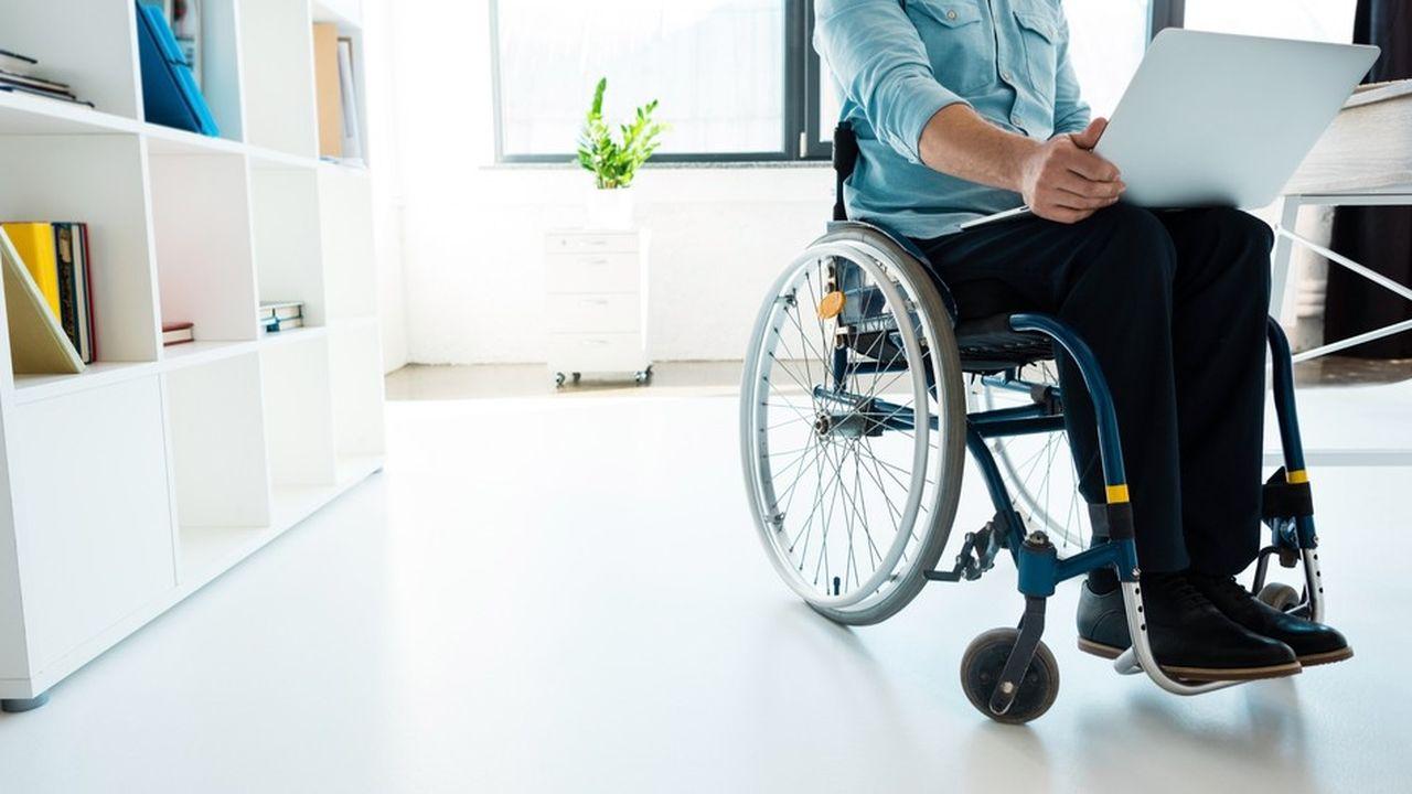 Le recrutement de personnes en situation de handicap constitue une vraie difficulté pour près de 70% des décideurs, quelle que soit la taille de leur entreprise.