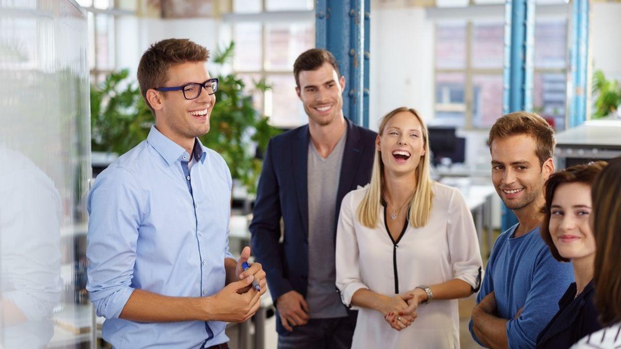 La qualité de vie au travail est d'abord affaire d'ambiance et de relations avec les collègues, estiment 49 % des salariés et 53 % des dirigeants.
