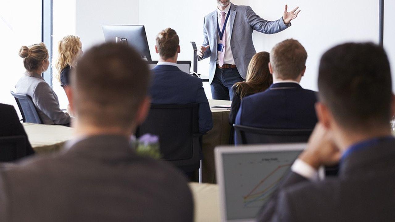 Grâce à des partenariats prestigieux avec d'autres entreprises ou institutions académiques, les participants à ces formations ont le sentiment de faire partie d'une communauté de talents.