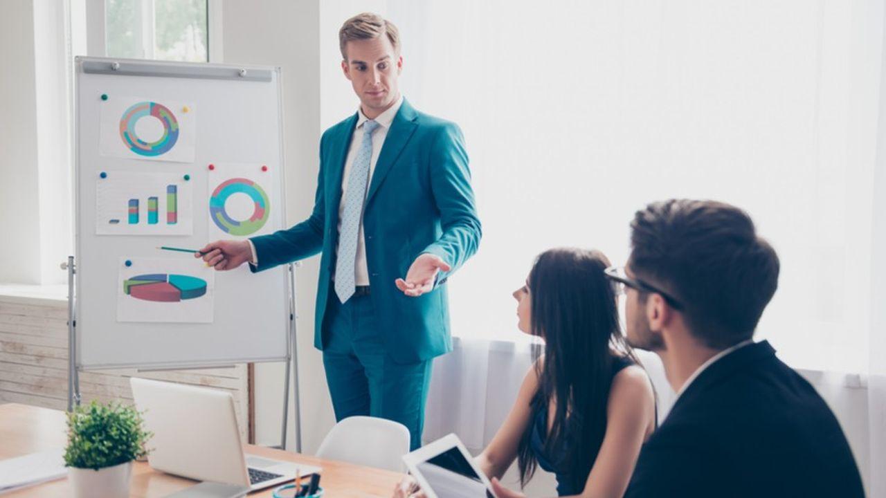 De nouvelles fonctions sont apparues et elles ont parfois annexé les métiers traditionnels, en particulier le marketing et la communication.