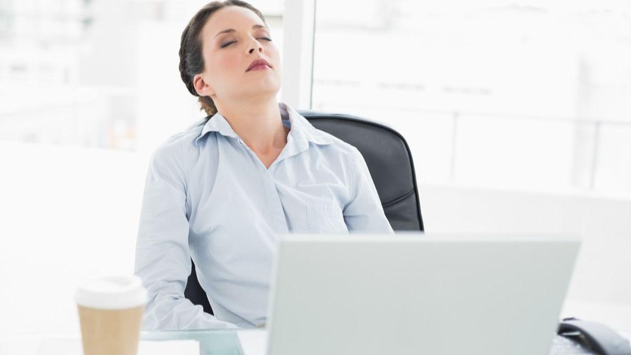 La charge de travail et l'effectivité d'une coupure quotidienne raisonnable doivent faire l'objet d'un contrôle continu.