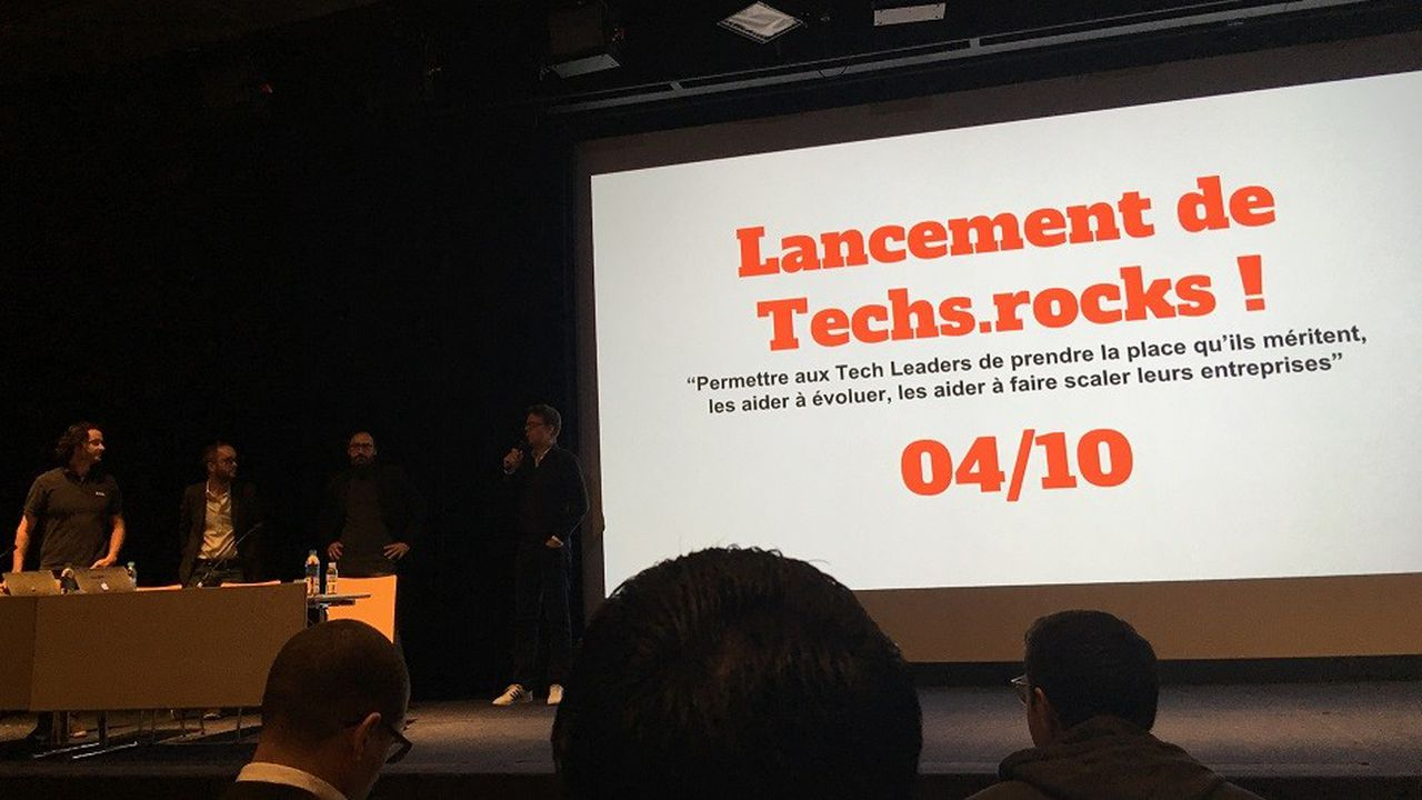 Francis Nappez, CTO de Blablacar, présente l'initiative Techs.Rocks, lors de la conférence de lancement au Palais des Congrès de Paris le 04 octobre.