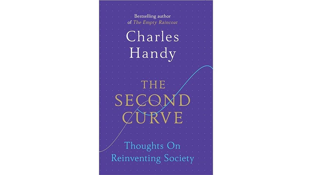 """The Second Curve (La """"seconde courbe""""), dernier ouvrage du penseur des affaires Charles Handy, propose une synthèse de toutes ses grandes idées, qui influencent la manière dont les entreprises s'organisent."""