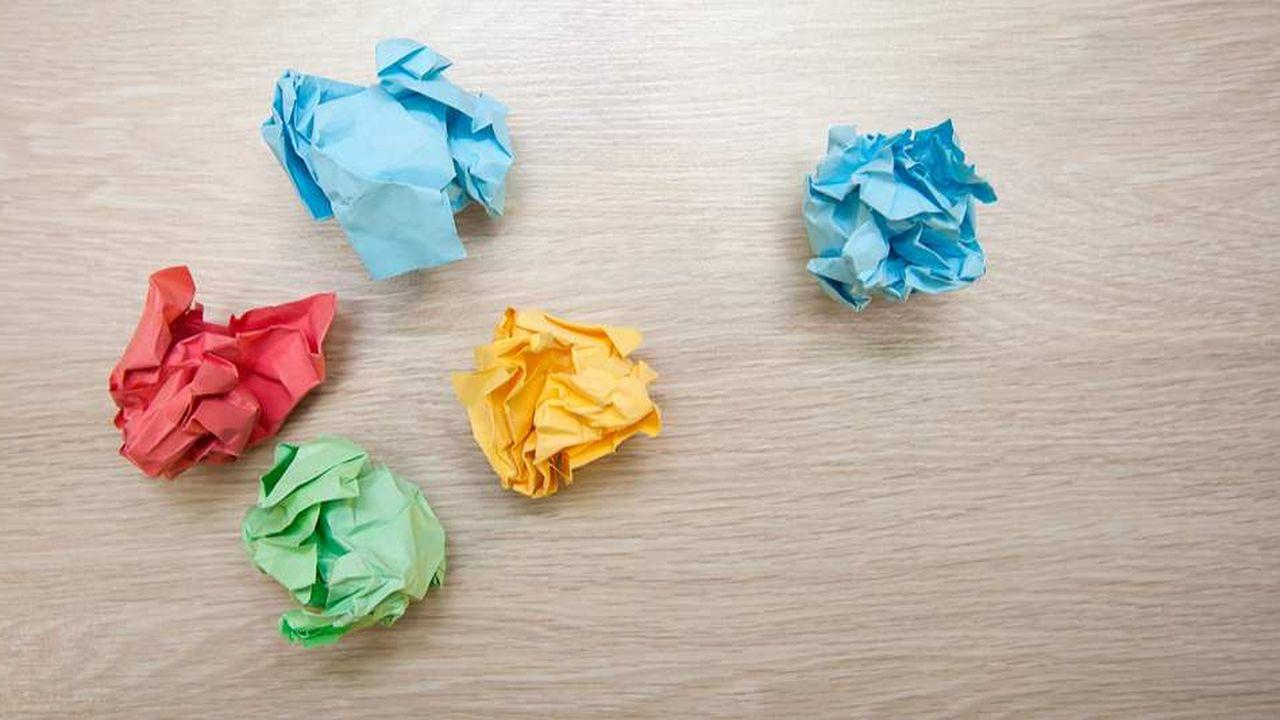 Seuls 18% des postulants avouent ne changer que le nom de l'entreprise dans leurs candidatures papier.