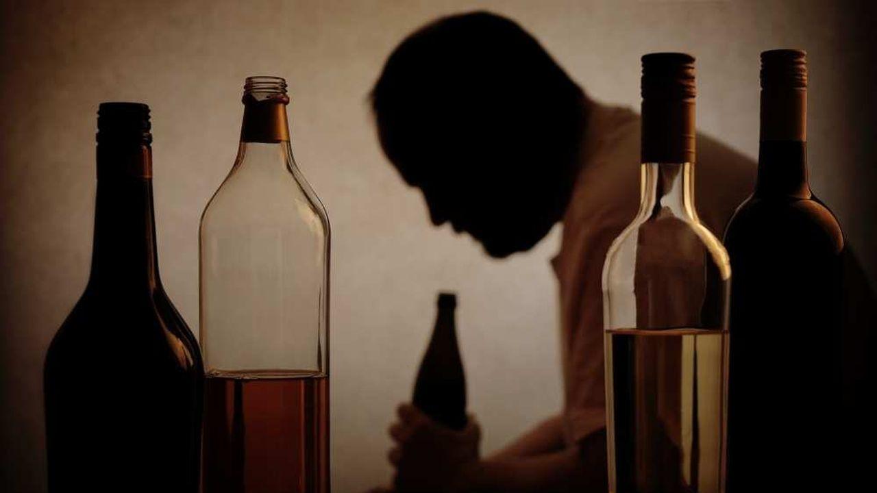 L'alcool en entreprise provoque des dysfonctionnements notoires dans l'accomplissement du travail, sans compter le coût porté par l'employeur avec l'absentéisme.