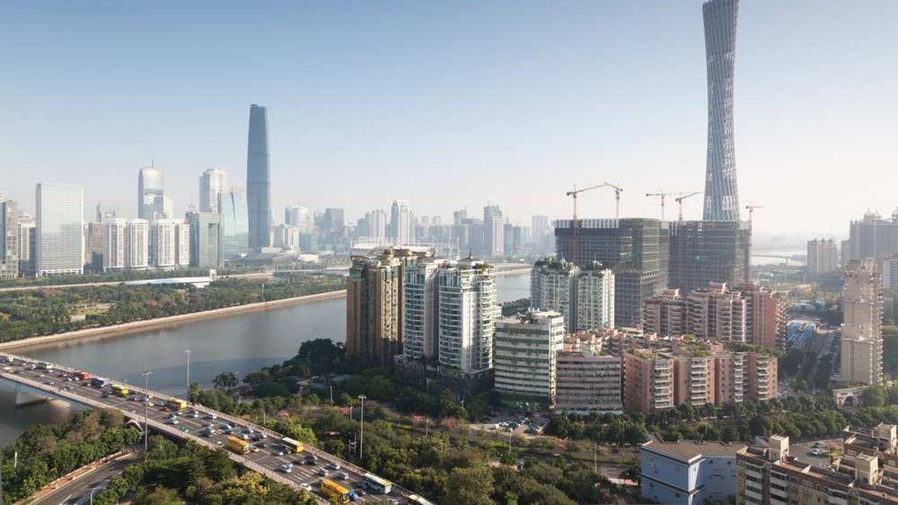 En Chine (ici Guangzhou), les salariés travaillent pour eux-mêmes et non pour l'entreprise. Dans le retail, le respect des délais (leur KPI) prime sur le consommateur final, désincarné.