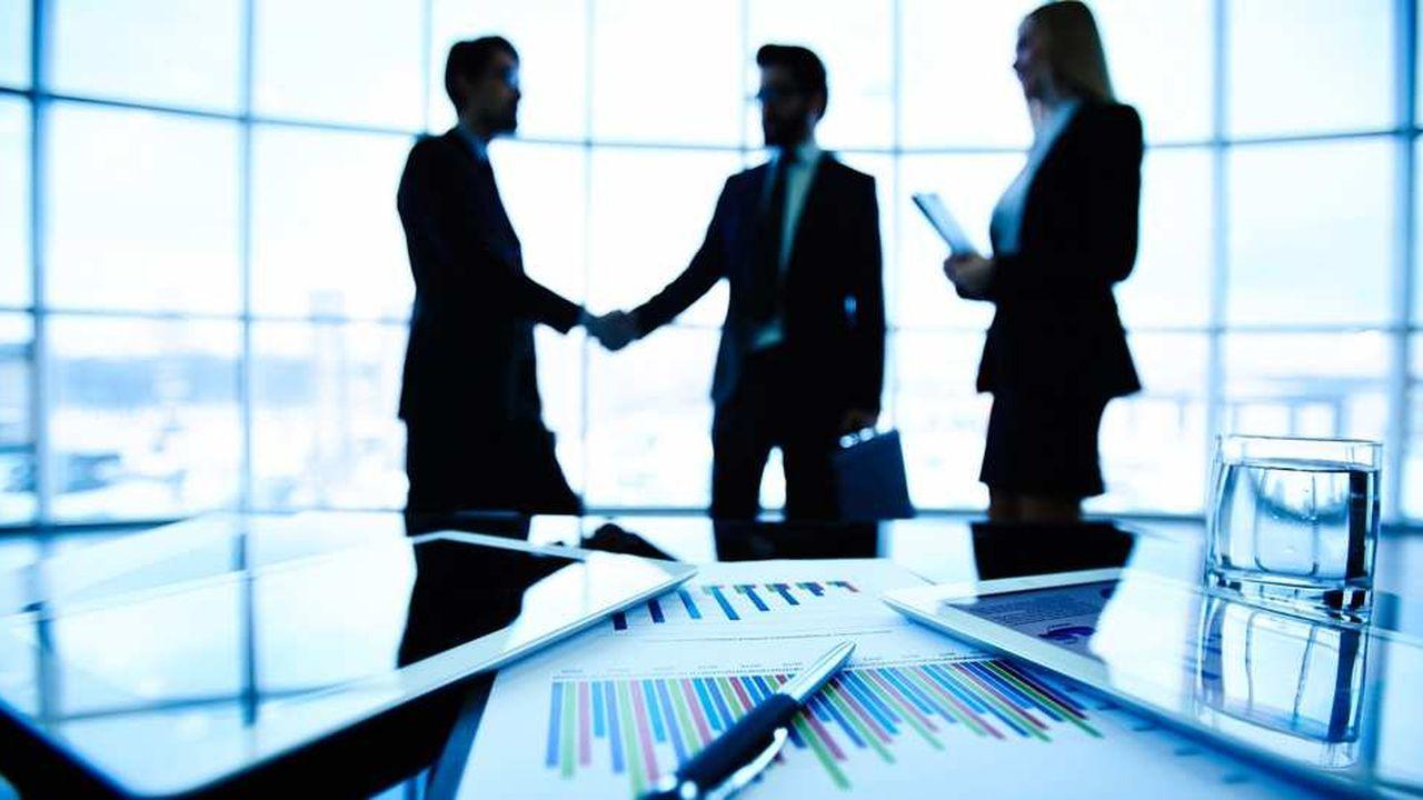 Il reste des entreprises dont le conseil, bien qu'affichant entre six et dix membres, ne compte pas un seul administrateur indépendant.