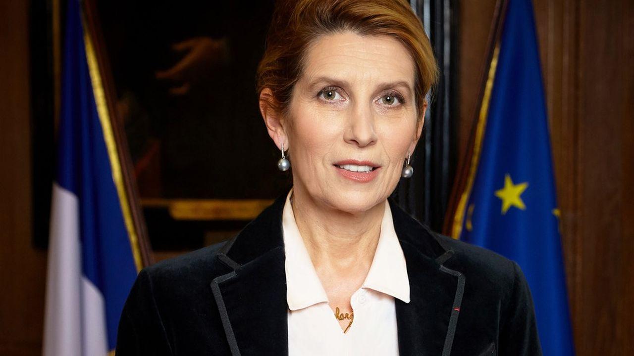 Nathalie Roret, actuellement vice-bâtonnière de Paris, est nommée à la direction de l'Ecole nationale de la magistrature (ENM).