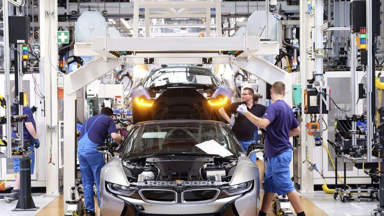 Le constructeur munichois prévoit de lancer 13 véhicules 100% électriques (ici, la i3) d'ici à 2023.
