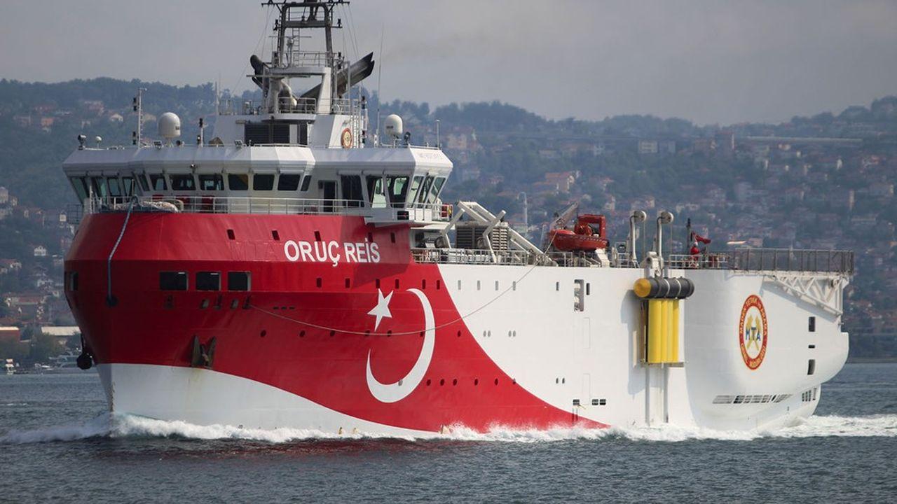 Le navire de rechercheséismique turc Oruc Reis est déployé en lisière d'eaux territoriales grecques depuis presque deux mois.