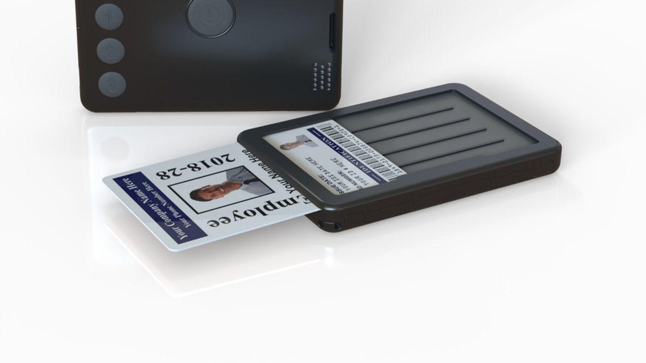 La CareBox enferme dans ses 80 grammes une connexion Bluetooth, une carte SIM, un GPS et une puce RFID.