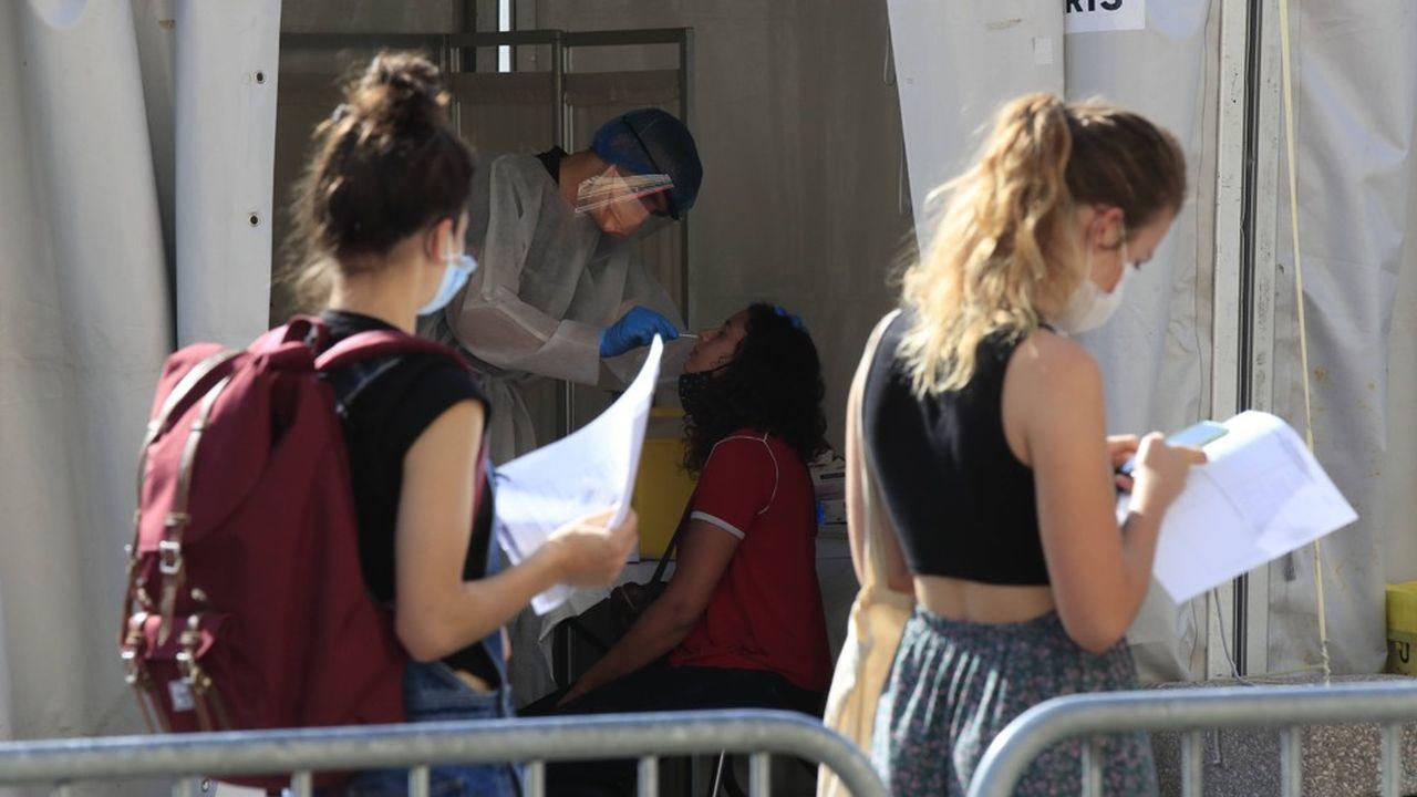 Dans le Gard, le taux de positivité des tests a augmenté à 6,4 %, contre 5,7 % la semaine dernière.