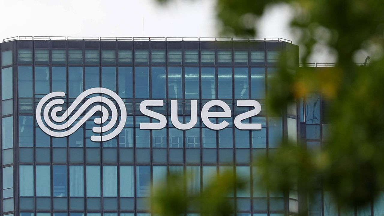 Les comités sociaux et économiques (CSE) de Suez et de Suez Eau France «assignent en référé Engie et Veolia afin de suspendre le projet de rachat tant que les instances représentatives du personnel n'auront pas été consultées.