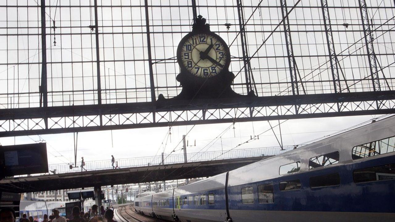 L'an dernier, 13,8% des TGV ont connu un retard en France, mais seuls les délais supérieurs à 30minutes ouvrent la voie à un dédommagement.