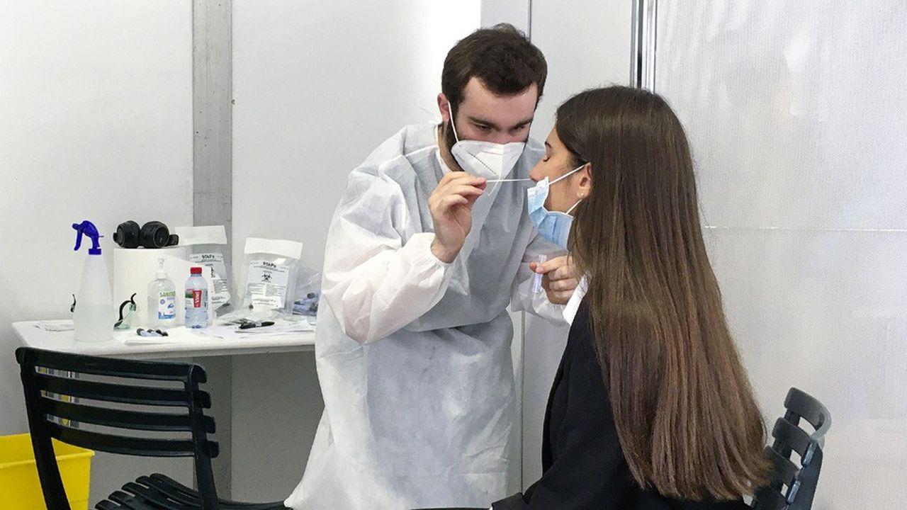 L'étude s'est basée sur l'examen de l'évolution de l'état de santé de 1.300 patients atteints de Covid-19.