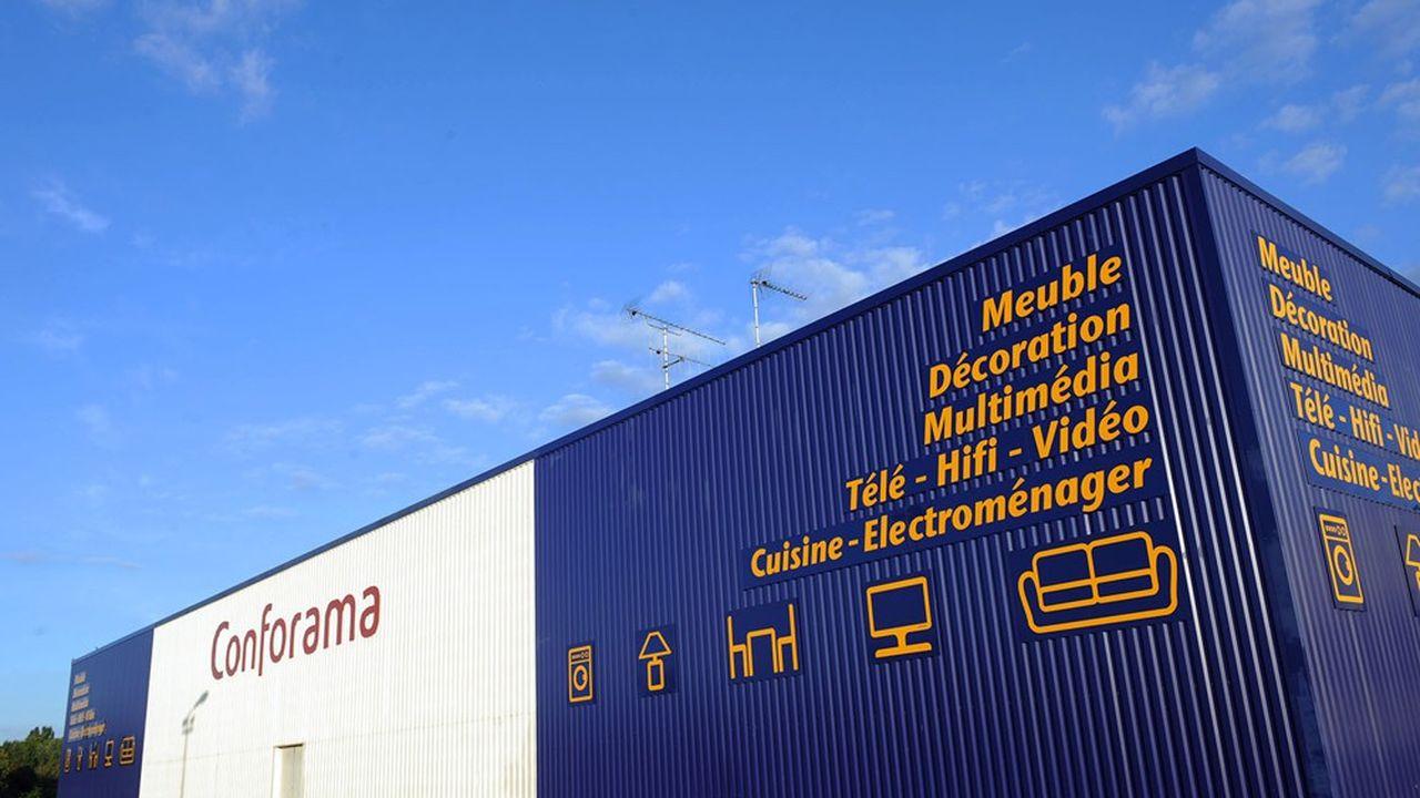 La maison mère de But rachète les 162 magasins de Conforama France.