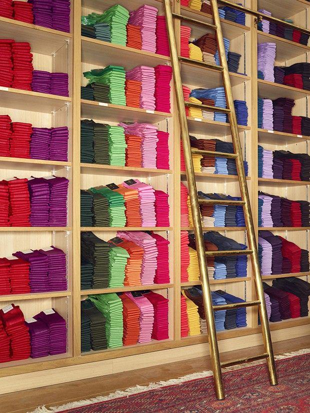 Chez Mes Chaussettes Rouges : des modèles devenus l'accessoire préféré des hommes politiques.