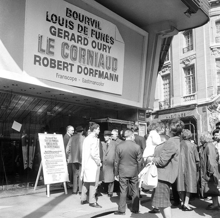 """Parigi, marzo 1965, viene proiettato il film """"Le Corniaud"""", con il nome del suo produttore, Robert Dorfmann."""