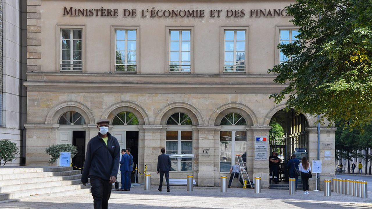 La dette de l'Etat a notamment progressé de 113,4milliards d'euros.