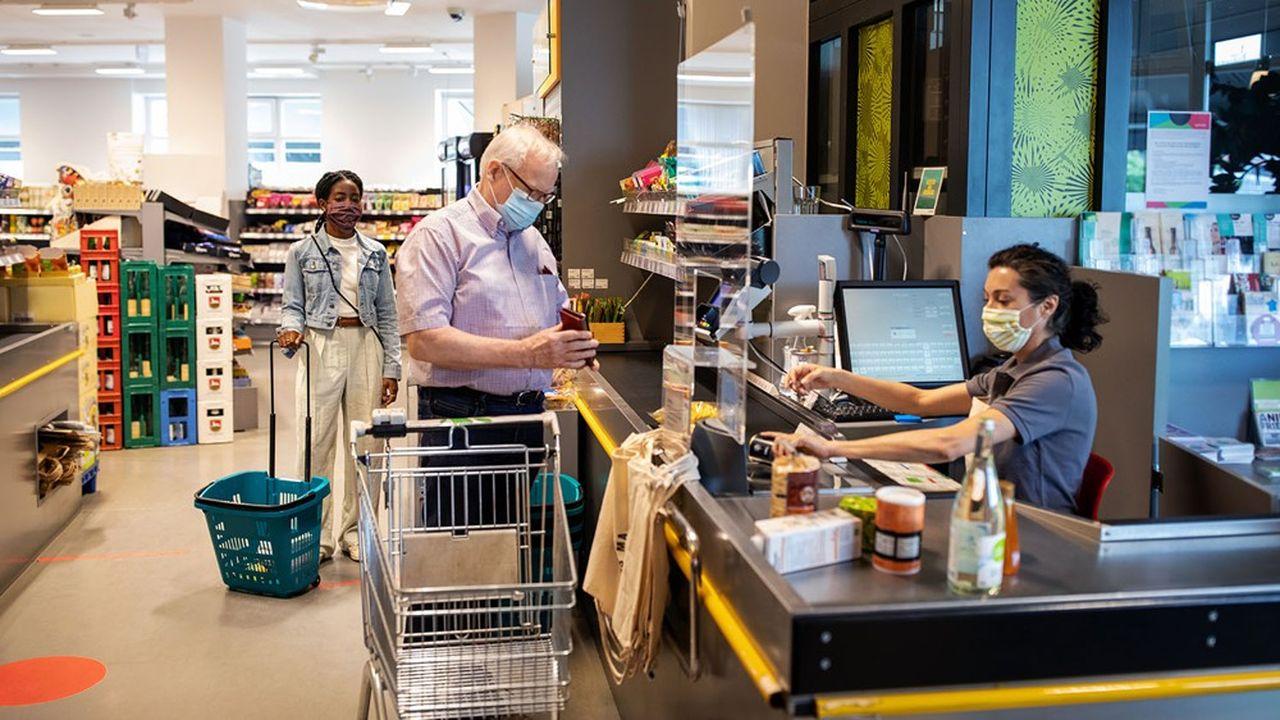 Le modèle économique du site est original. Les magasins employant plus de dix salariés et dépassant 1million d'euros de chiffre d'affaires paient une commission au site sur chaque bon d'achat utilisé.