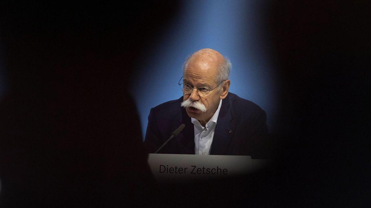 «Etre vu par certains comme un fardeau et non comme un porteur d'espoir, je n'ai pas besoin de cela», a tranché Dieter Zetsche, 67 ans, dans cette interview donnée au quotidien allemand «Frankfurter Allgemeine Zeitung».