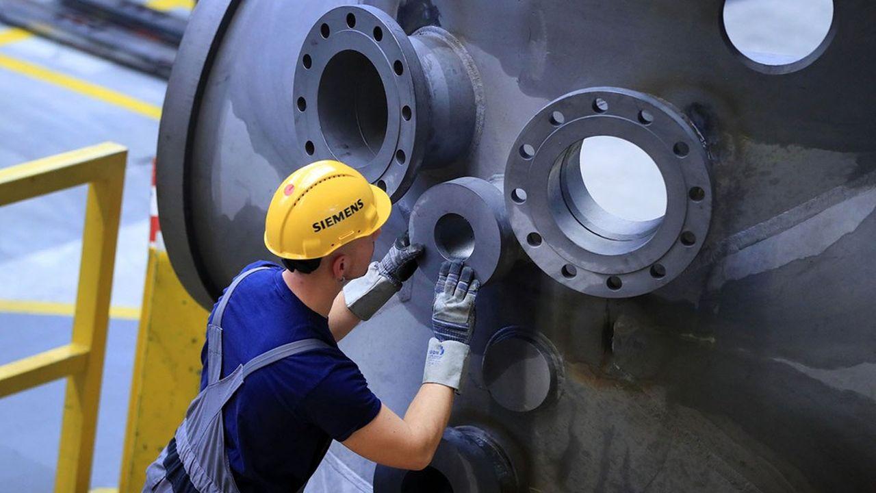 Plus de gaz et d'éolien, moins de charbon: Siemens Energy promet d'accélérer sa transition énergétique après son entrée en Bourse.