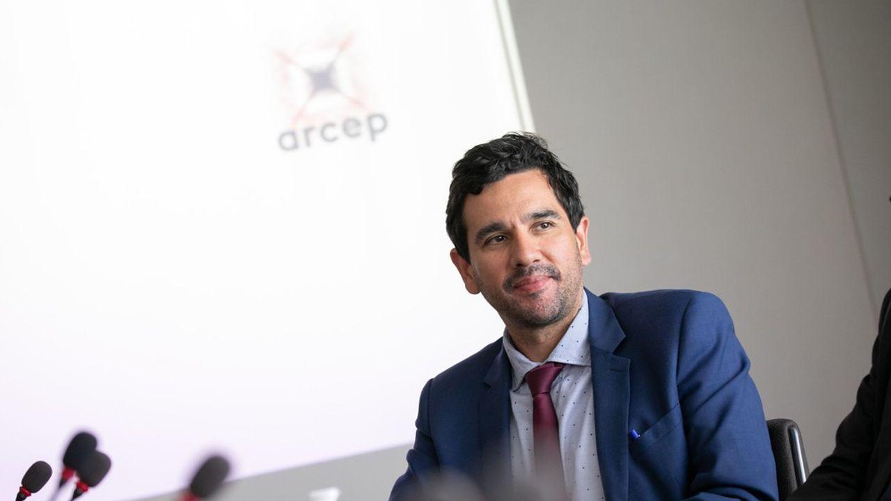 Le président de l'Arcep, Sébastien Soriano, ne veut pas que les enchères françaises s'emballent comme en Italie ou en Allemagne.